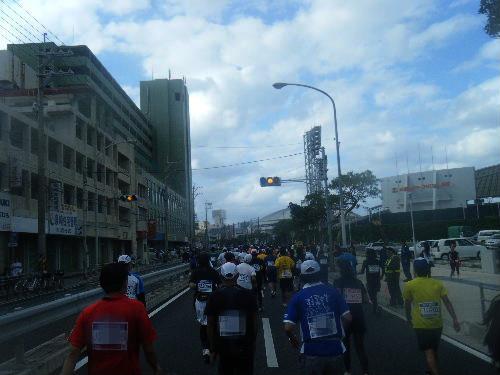 2011_1205NAHAマラソン0303