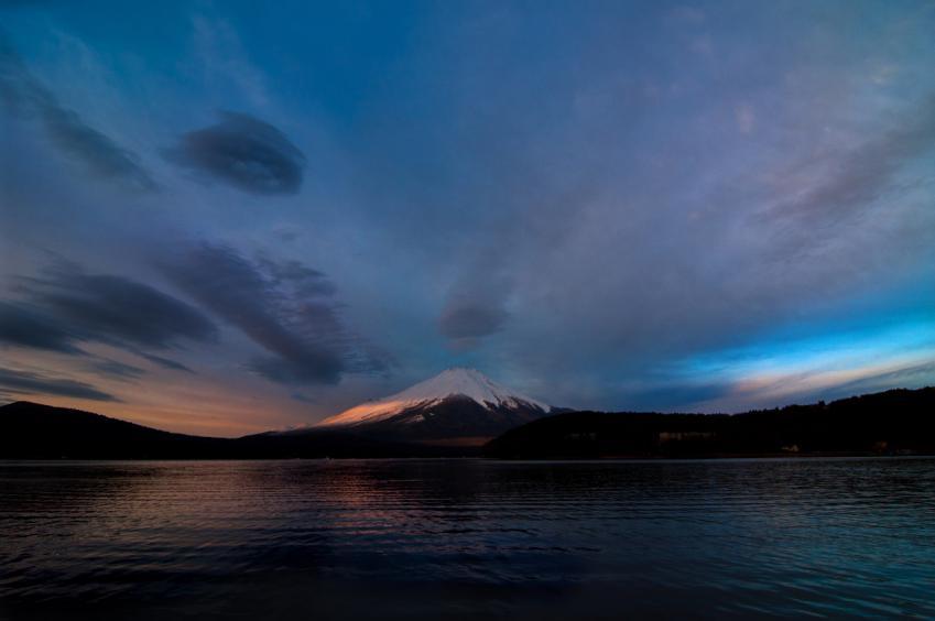 2013 01 01 青と赤い 富士山 D1x +2