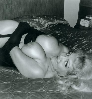 s4-bookofbreasts167-jennielee.jpg