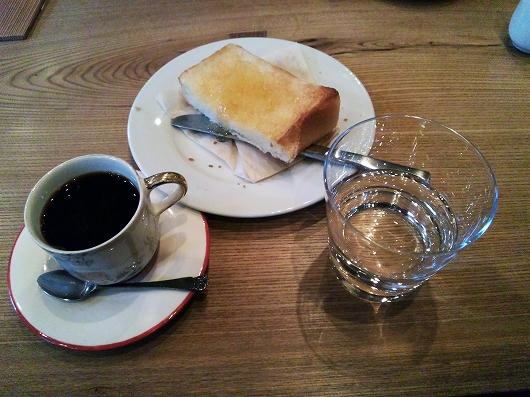 コーヒーとトースト20130223