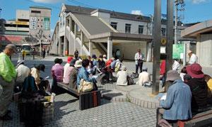 14.10.23桜井駅前