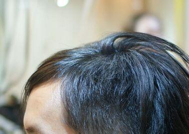 髪の毛がぺちゃんこになる理由、それは毎日の洗髪方法にある1