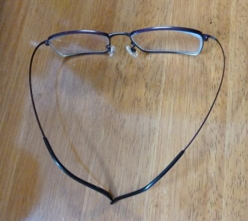 6新型メガネ