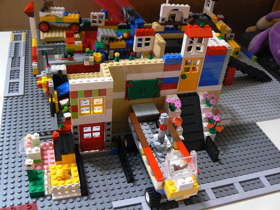 欠席中 レゴ1
