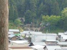 秋葉山展望台からみえる神社