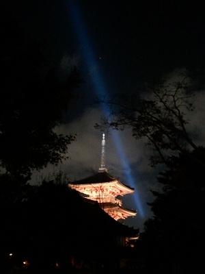 清水寺夜間ライトアップ3