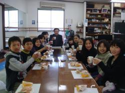 書道教室と春の花 001