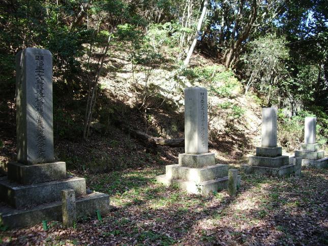 変換 ~ 深山陸軍墓地 (6)