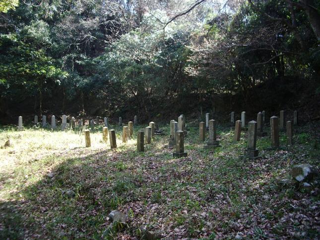 変換 ~ 深山陸軍墓地 (7)