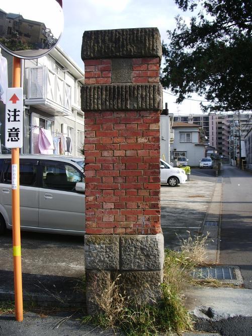 変換 ~ 野戦重砲兵第4連隊裏門門柱 (3)