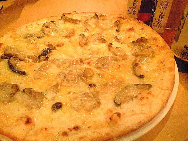 ラグタイムのきのこピザ