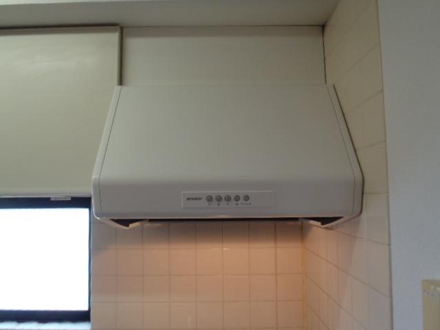 キッチン換気扇の取替 神戸市東灘区