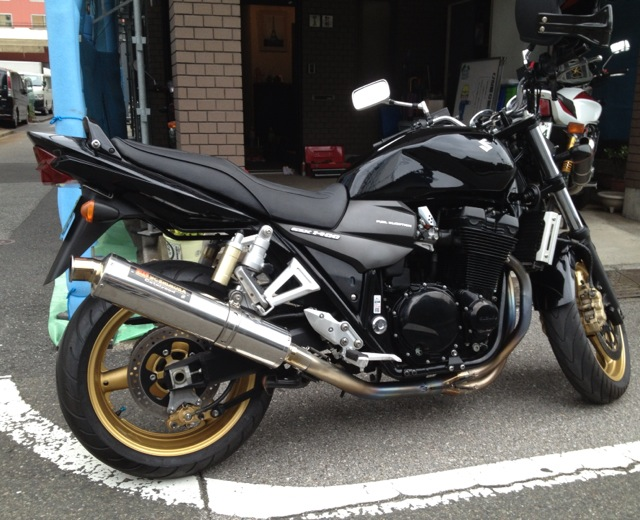 GSX1400_01.jpg