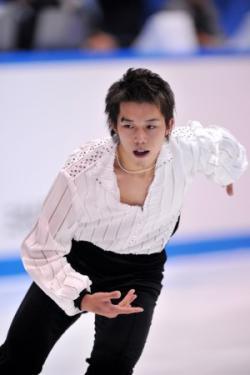 神戸ライフ「NHK杯2010フリー」aflo_MJXA101133-300x450_convert_20101025211034