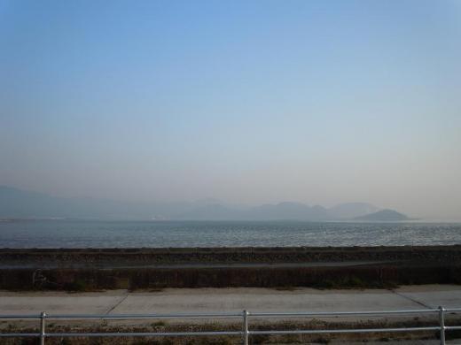 クジラ島(間島)
