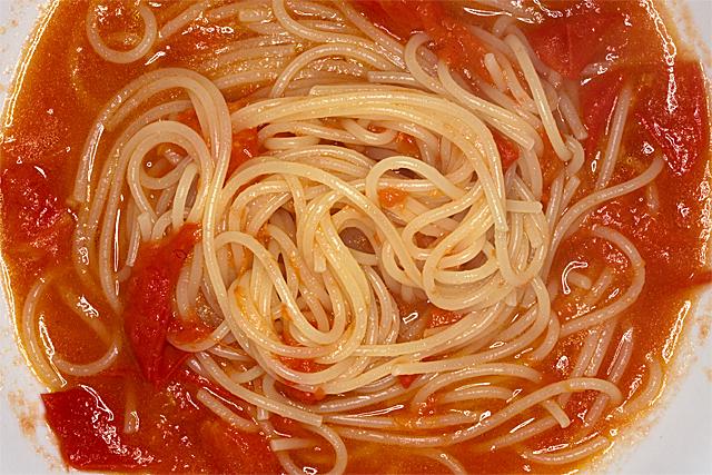 100529_003_トマトのパスタ