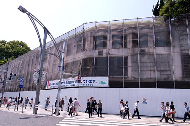 100605_004_上野・聚楽台レストラン・解体現場