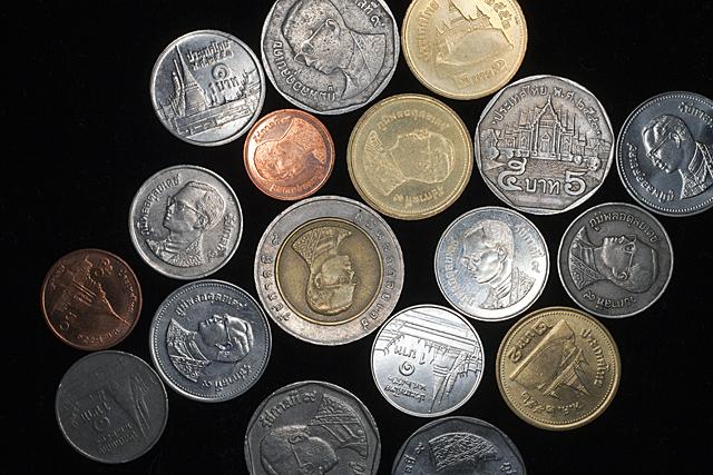 100615_001_タイのコイン