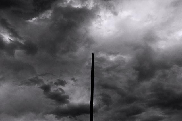 110130_002_曇り空
