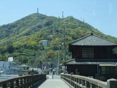 秀天橋から見た常山