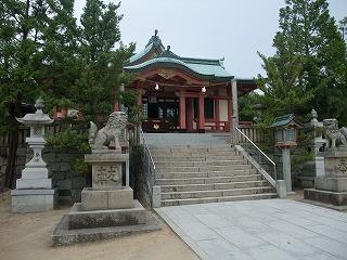 鴻八幡宮拝殿1