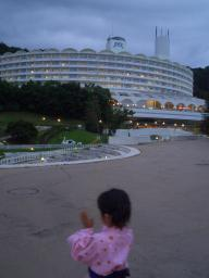 ホテルの夕闇