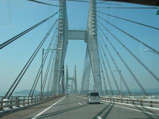再び瀬戸大橋を渡ります