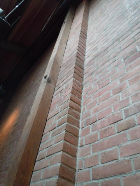 煉化の蔵 店内煉瓦