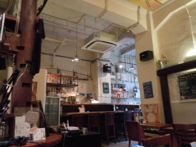 ラジオカフェ 店内1