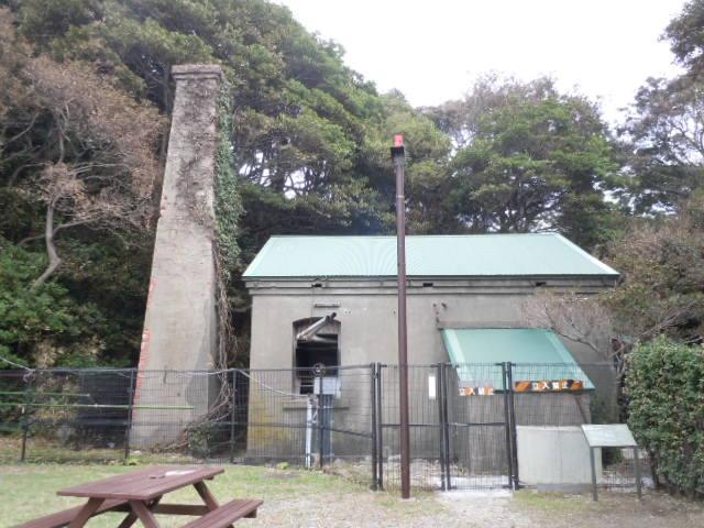 猿島 電気燈機関舎