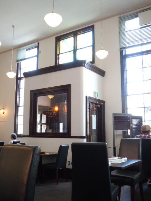 旧足利銀行栃木支店 入口