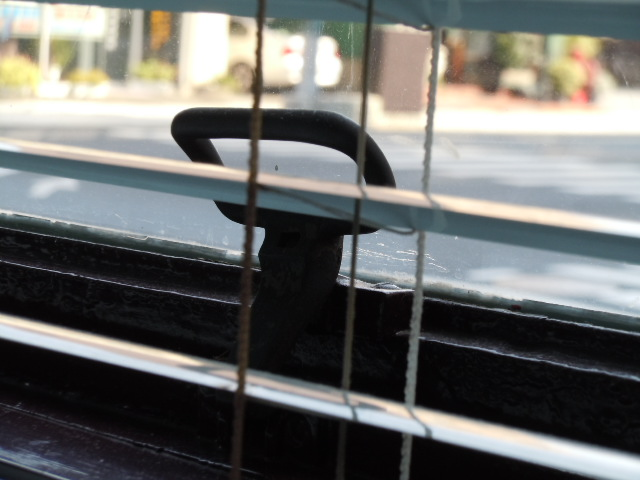 旧足利銀行栃木支店 窓