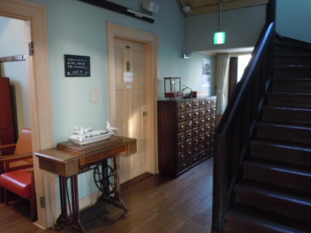 CAFE15 1階 薬箱