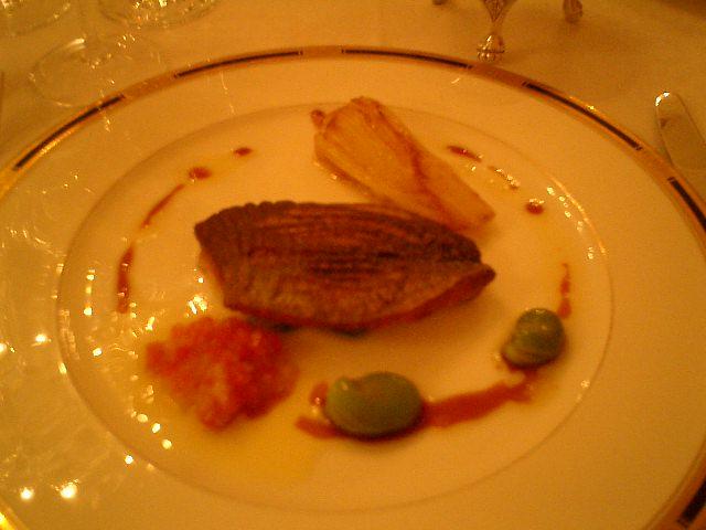 トリアノン 魚