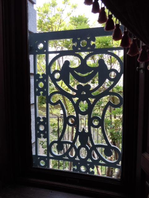 待合室の窓