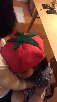 トマト帽子ミニ