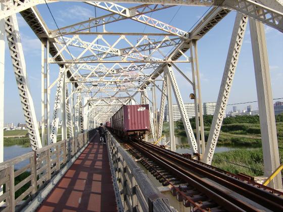 赤川仮橋2013年7月8月-11
