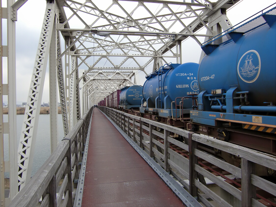 城東貨物赤川橋梁2013-27