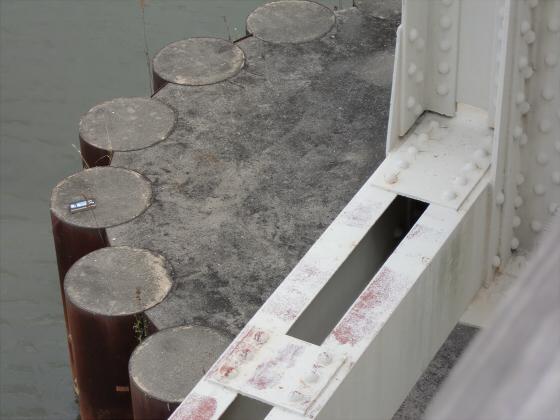 城東貨物赤川橋梁2013-33