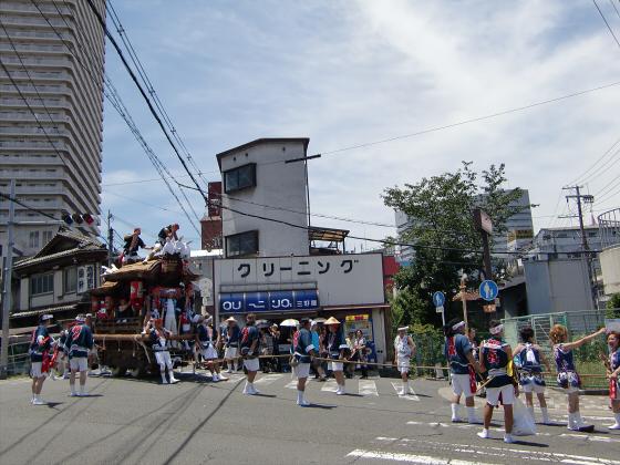 京橋にてだんじり発見05