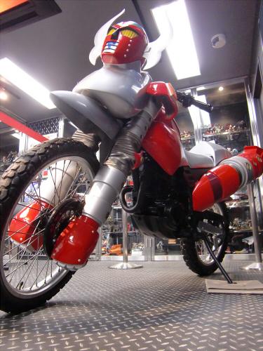 電人ザボーガー・・・のバイク03