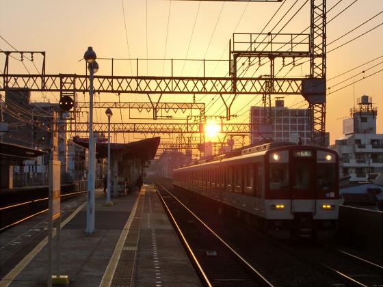 今里駅にて近鉄しまかぜ01