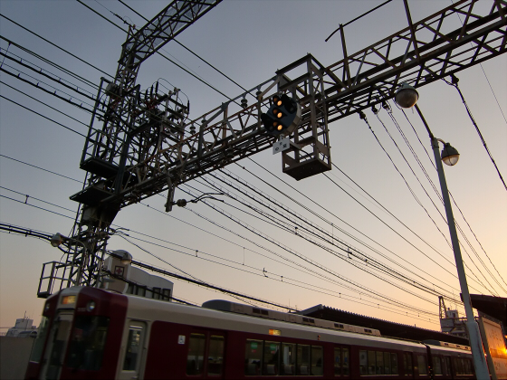 今里駅にて近鉄しまかぜ08