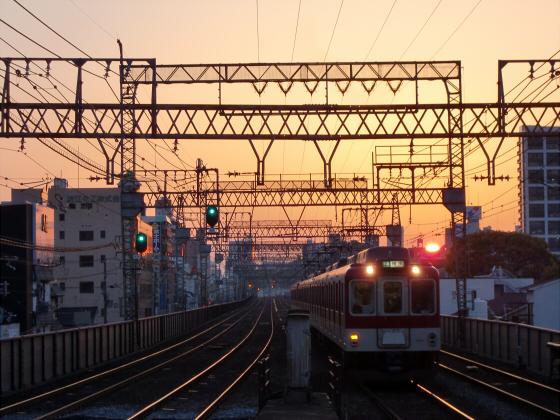 今里駅にて近鉄しまかぜ13