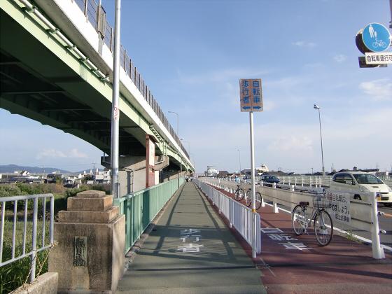 近鉄澱川橋梁04