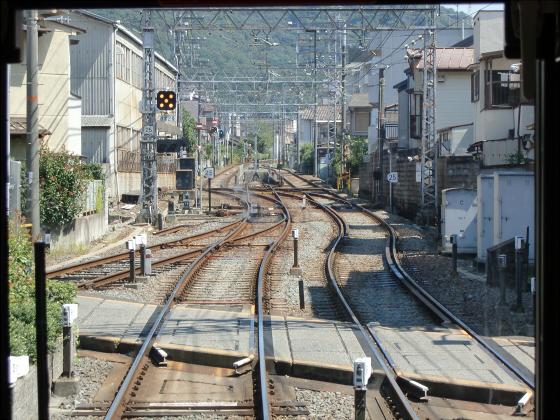 京阪電車の運転席裏から05