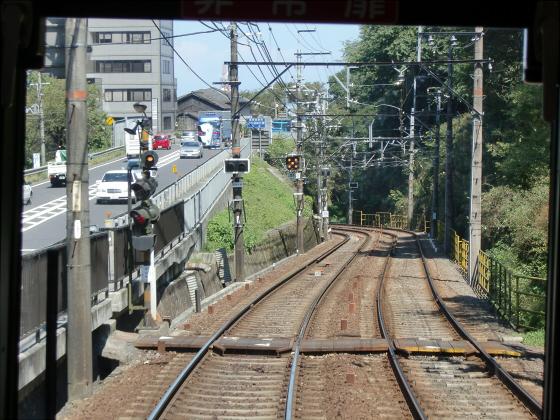 京阪電車の運転席裏から12