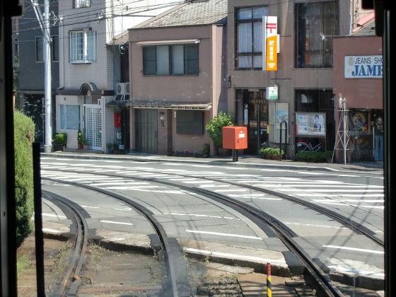 京阪電車の運転席裏から15