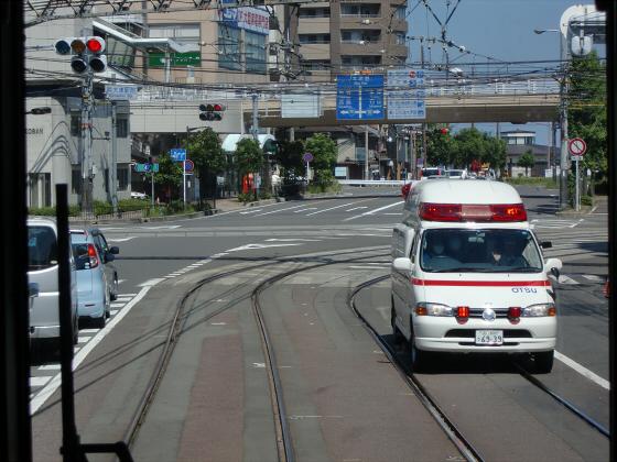 京阪電車の運転席裏から18