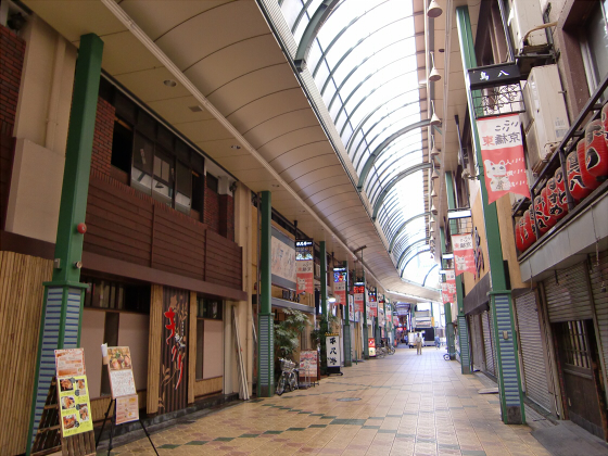 大阪の庶民の街、京橋13